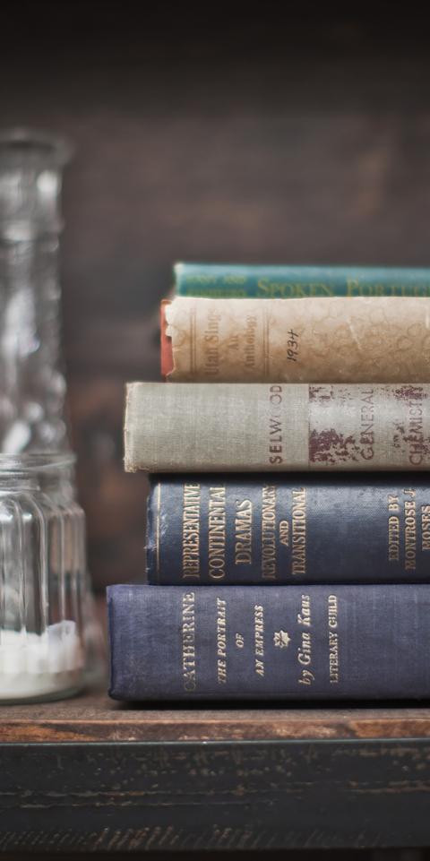 pallet books